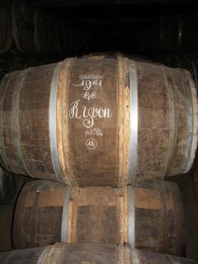 Hennessy_cognac_1961