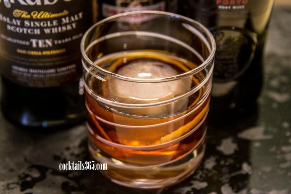 Prego Enferrujado ®2015 Mark Vierthaler/Cocktails, 365