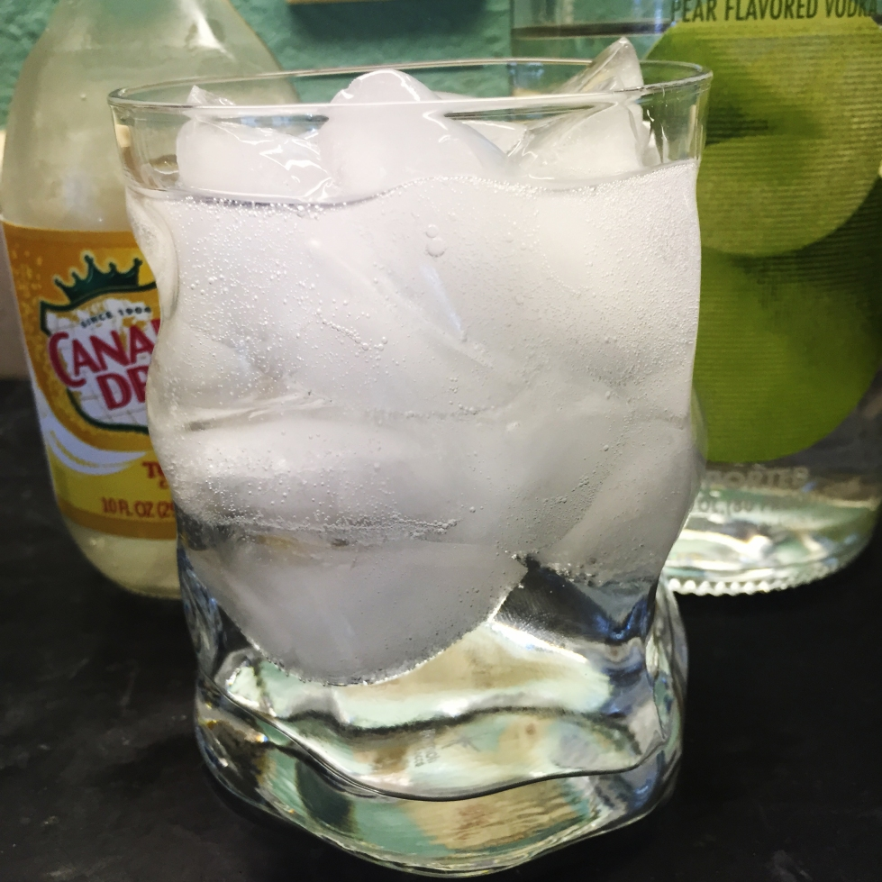 Pear and Tonic | ® Cocktails, 365